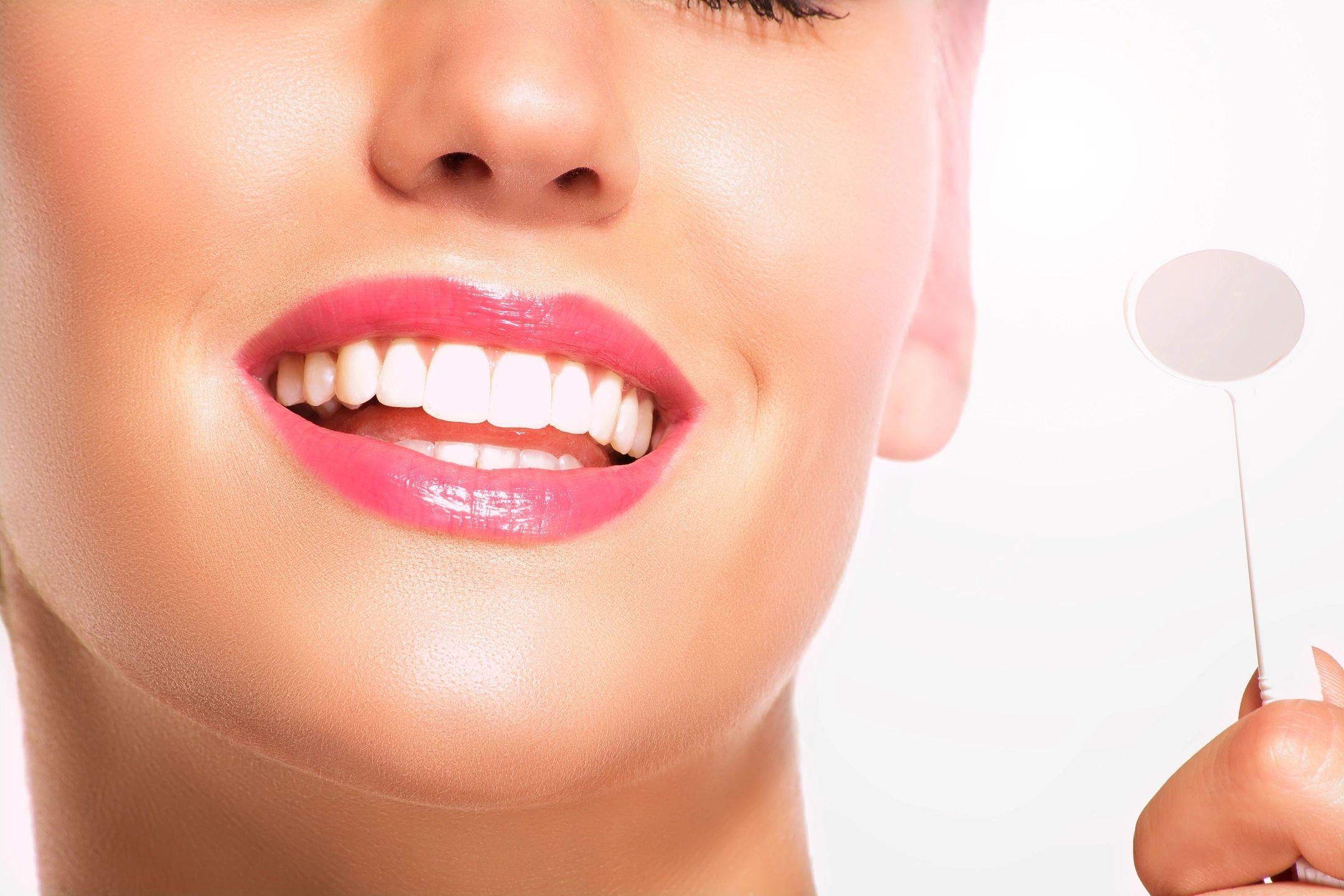 dentist  dentistry cosmetic dentist Florence, ky  Cincinnati  northern Kentucky  Dr. Ron Elliott veneers  inlays bridges dentures crowns composite fillings bonding  dental implants